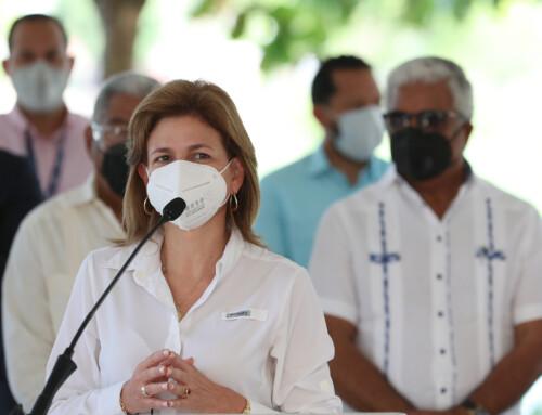Vicepresidenta Raquel Peña deja iniciado Plan «Dominicana se Reconstruye» en Santo Domingo Este
