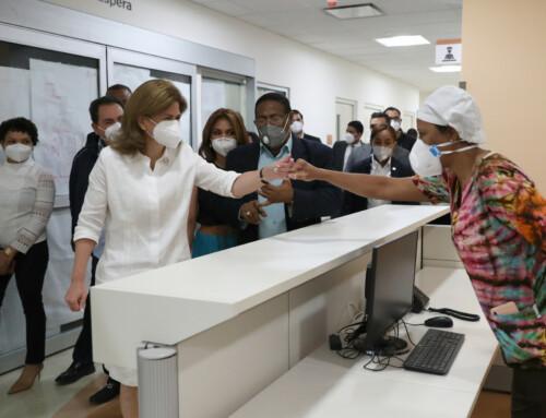 Vicepresidenta visita nueva área COVID-19 del Hospital Luis E. Aybar, entregado por INVI a SNS