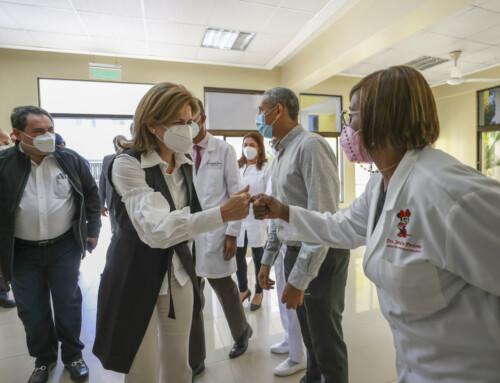 Vicepresidenta continúa visitas a hospitales para supervisión de aumento de camas COVID-19
