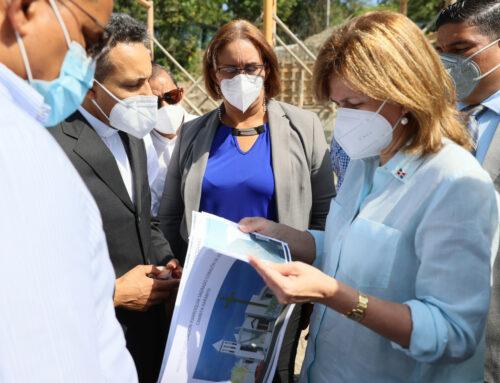 Vicepresidenta Raquel Peña supervisa obras dispuestas por el presidente Luis Abinader en San Cristóbal