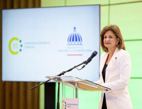 Raquel Peña deja establecidas mesas de trabajo para el Diálogo Nacional
